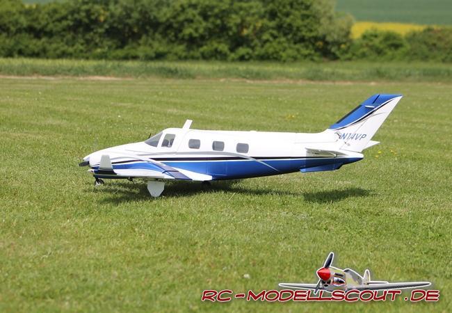 Deutlich mehr fürs Geld: Die TWIN AIR ARF von robbe Modellsport im Test